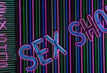 Se você está em busca de saber como montar um sex shop, encontrará um roteiro completo com os pontos mais importantes sobre este tipo de negócio. Para quem quer abrir um sex shop, essa é uma leitura obrigatória.