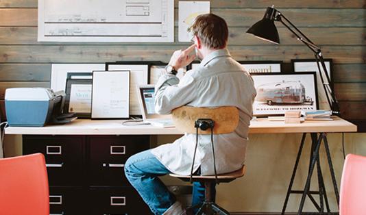 As vantagens de se ter um escritório em casa e o que você ganha em termos de qualidade de vida e produtividade trabalhando em um home office. Veja a experiência relatada abaixo.