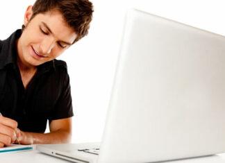 Participar de um curso de e-commerce online é a opção para que os novos empreendedores do comércio eletrônico busquem formação nesta área mesmo estando fora dos grandes centros urbanos. Confira abaixo algumas indicações.