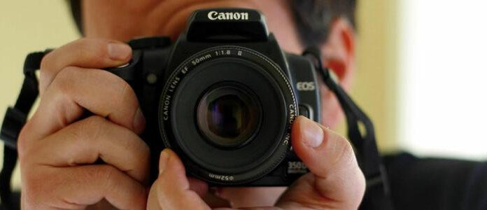Veja neste artigo diversas opções para quem deseja saber como ganhar dinheiro com fotografia. São ideias de negócios que exigem um baixo investimento e que podem ser implementadas simultaneamente.